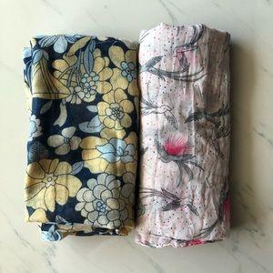 Light fabric pattern scarfs 2 bundle